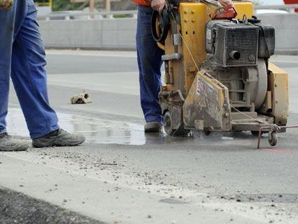 Bauarbeiten aufgrund von Hitzeschäden auf der A1 Richtung Wien