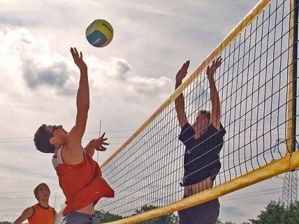 Beachvolleyball ist nur eine der vielen Sportarten, denen man beim Donauinselfest frönen kann