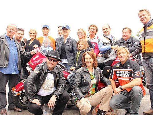 Reger Zulauf und ein toller Erlös beim Kick-Off zur Harley Davidson Charity Tour 2012