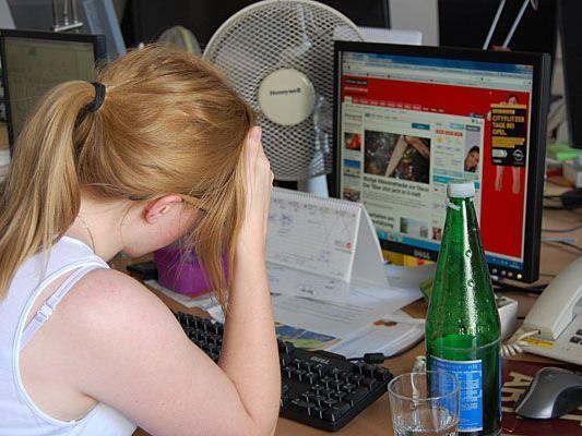 Wenn Sommer-Hitze herrscht, kann Arbeiten zur Qual werden - unsere Tipps schaffen Abhilfe
