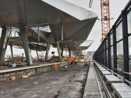 Jetzt möglich: Mit dem Fahrrad die Baustelle am Hauptbahnhof und das neue Sonnenwendviertel erkunden.