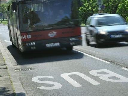 Ab dem 2. Juli verbindet die neue Buslinie der Wiener Linien vier U-Bahnlinien miteinander.