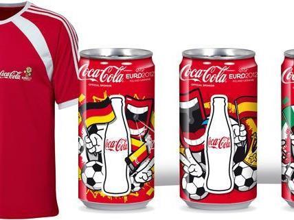 Passend zur UEFA: Gewinne dein Coke-Package.