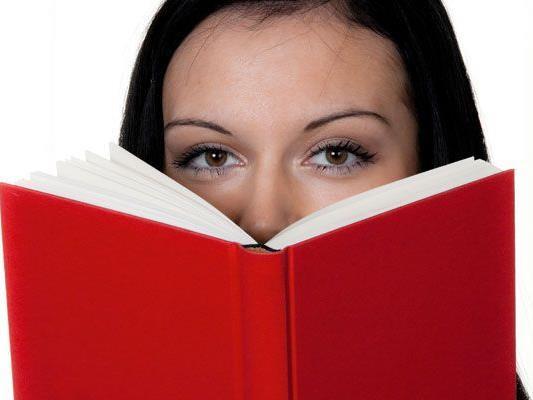Neuronaler Prozess bereitet das jeweils nächste zu lesende Wort vor.
