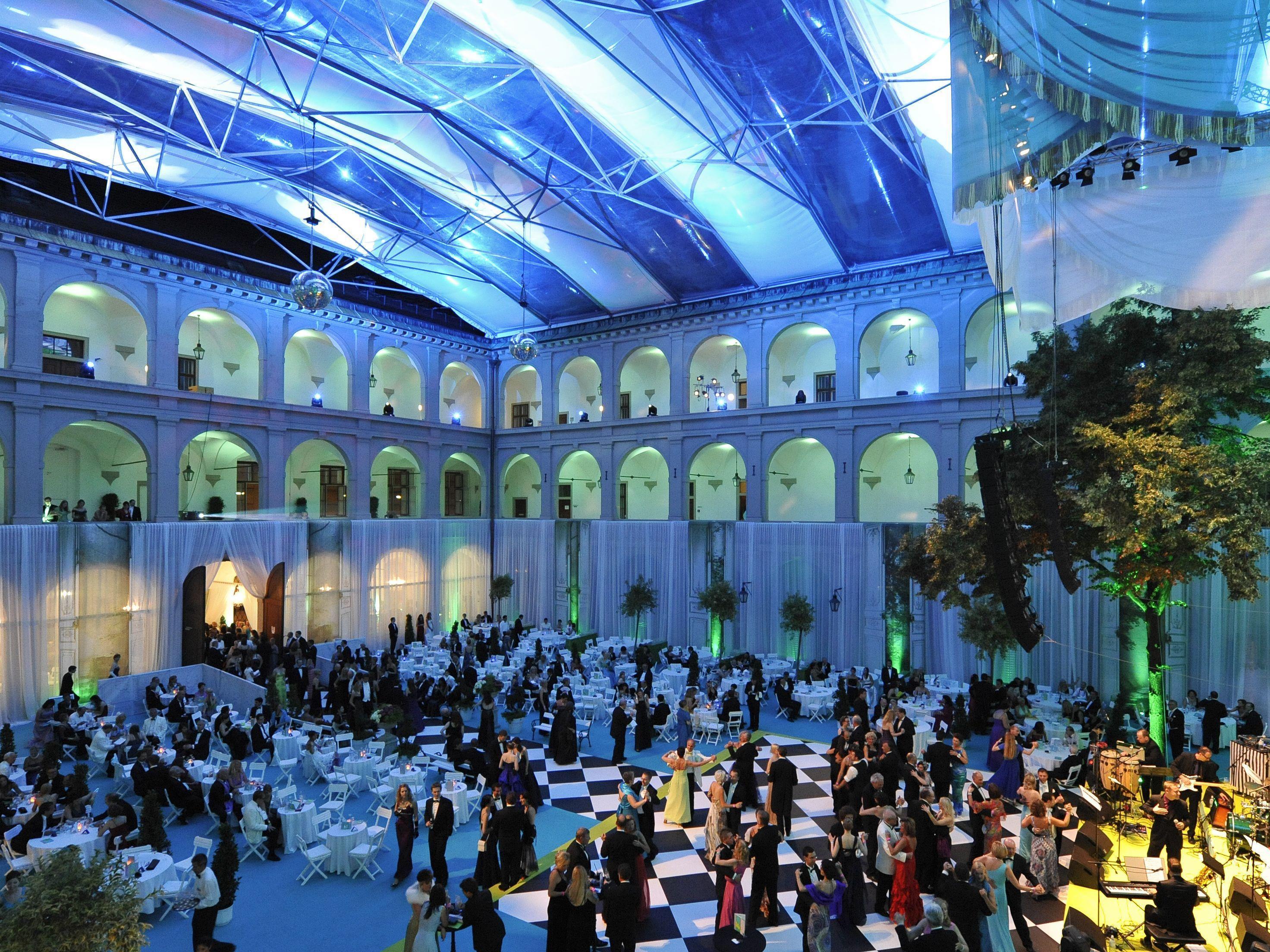 Keine Lipizzaner bei der Fête Impériale 2012.