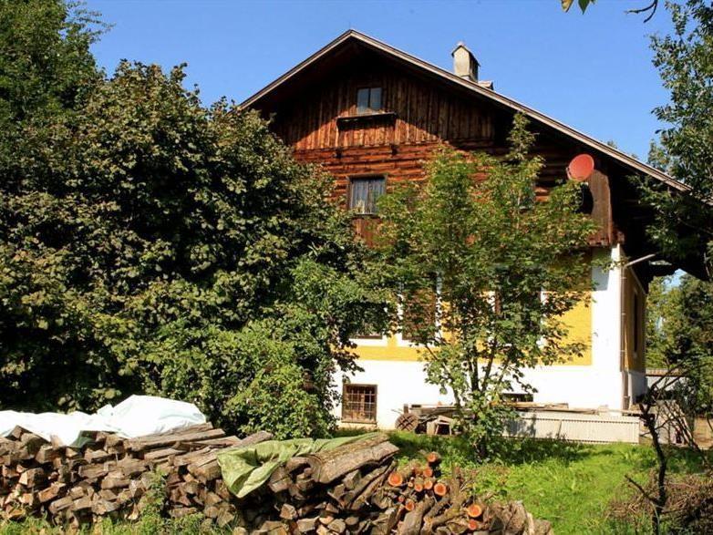 Der 80-jährige Oberösterreicher verstarb in seinem Haus.