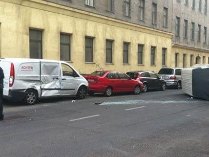 Leserreporter Uwe G. fotografierte an der Unfallstelle.