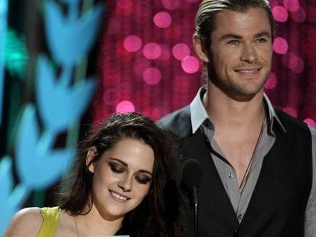 Auch Kristen Stewart räumte bei den MTV Movie Awards 2012 ab.