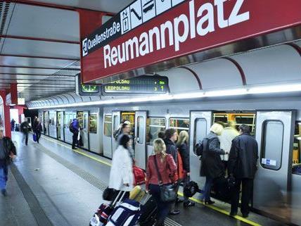 Vom 7. Juli bis 26. August verkehrt die U-Bahn zwischen Reumannplatz und Schwedenplatz nicht.