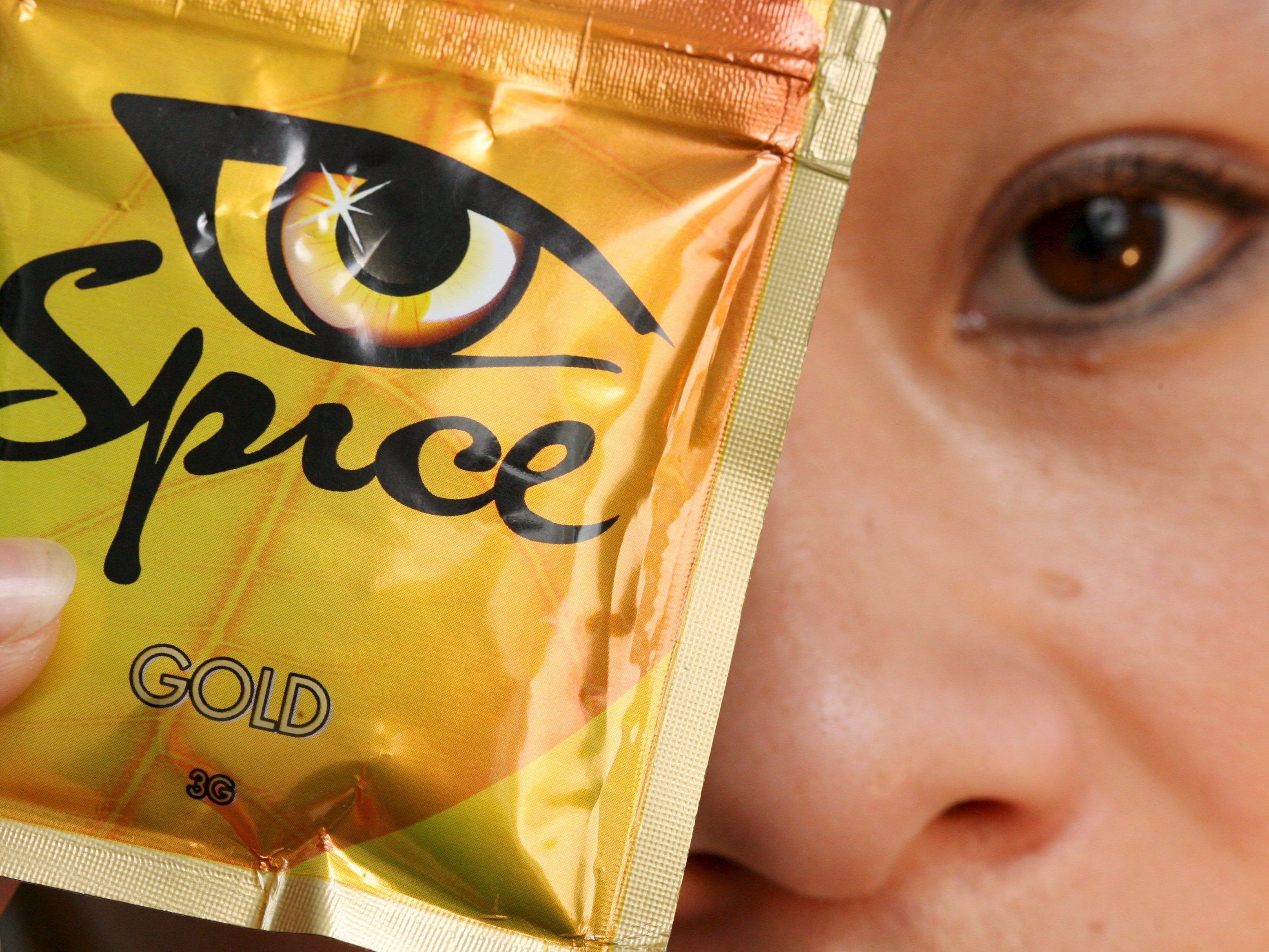 """Legal Highs: Den Durchbruch schafften die neuen Drogen mit """"Spice""""."""