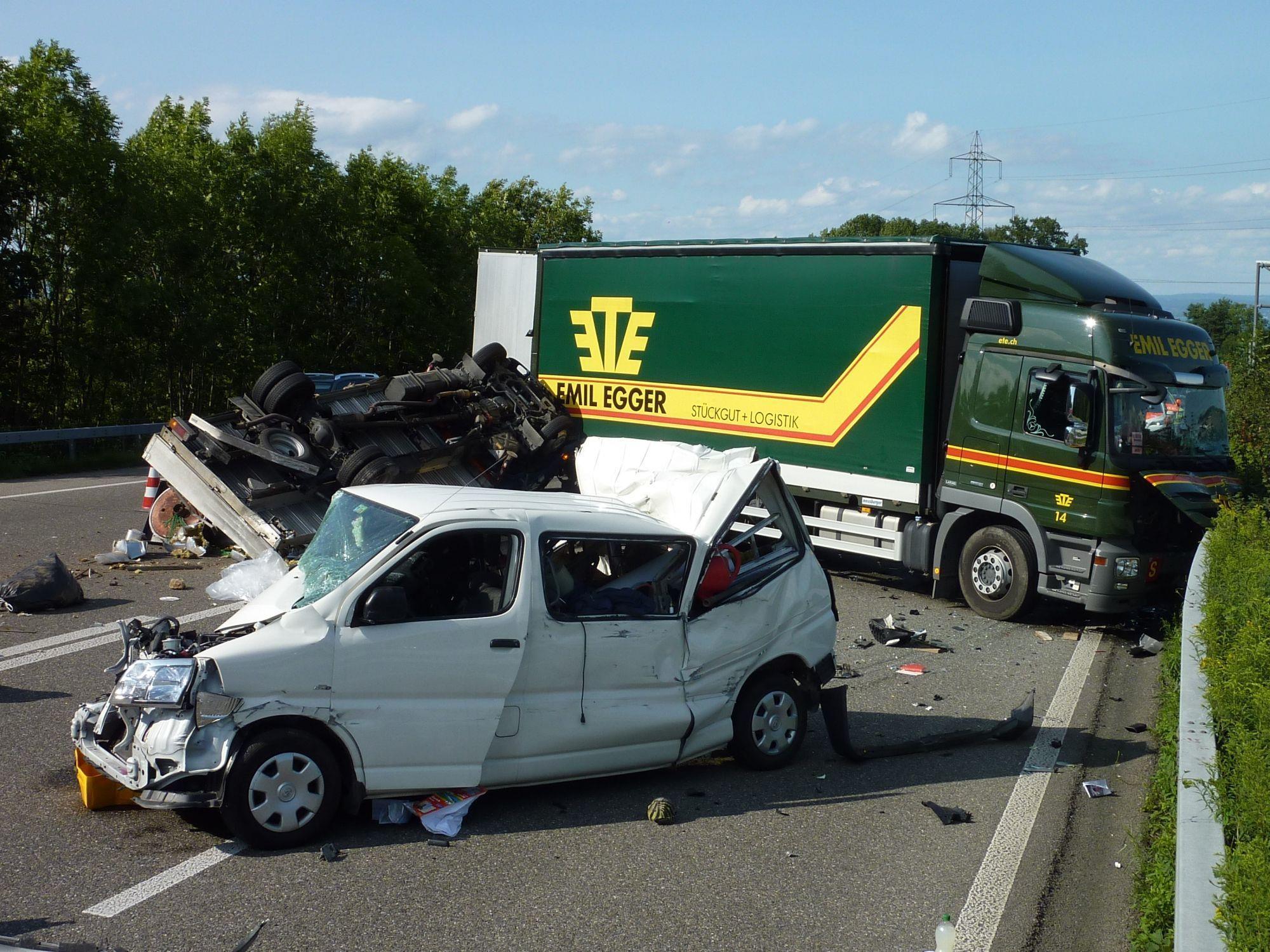 Schwerer Unfall auf der A1 im Kanton St. Gallen