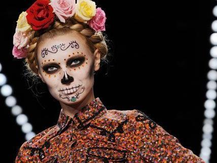 Lena Hoschek begeisterte mit ihrer Mode bei der Berliner Fashion Week