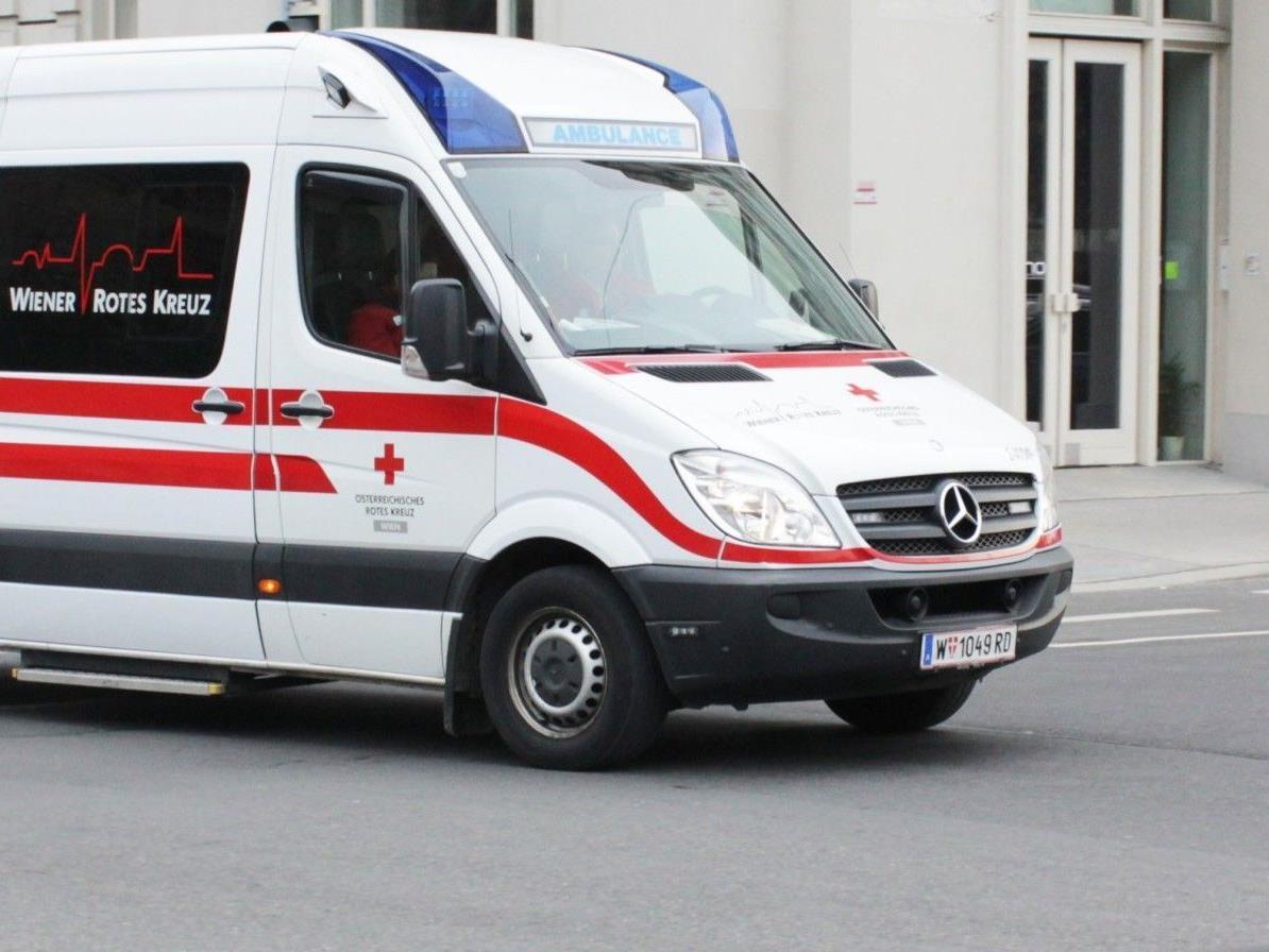 Bei einem Verkehrsunfall in Wien-Favoriten wurde eine Fußgängerin verletzt.