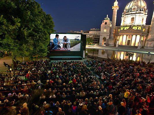 Das Filmvergnügen am Karlplatz lockte auch 2012 wieder Besucher in Scharen an