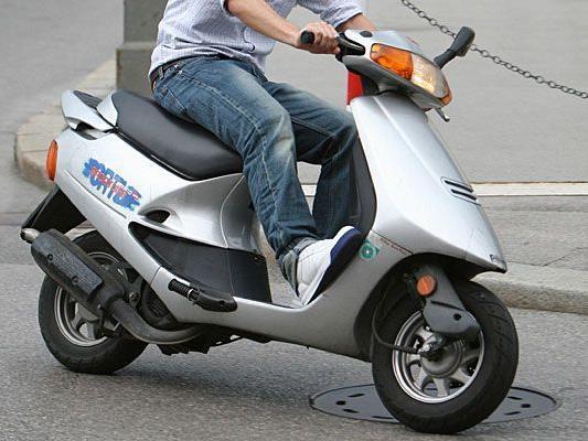 Das Moped, mit dem die Burschen flüchteten, war gestohlen
