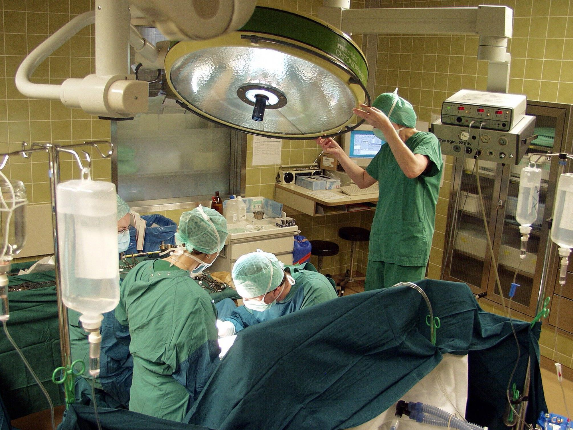 Deutscher Mediziner soll Patienten bei der Organvergabe bevorzugt haben.