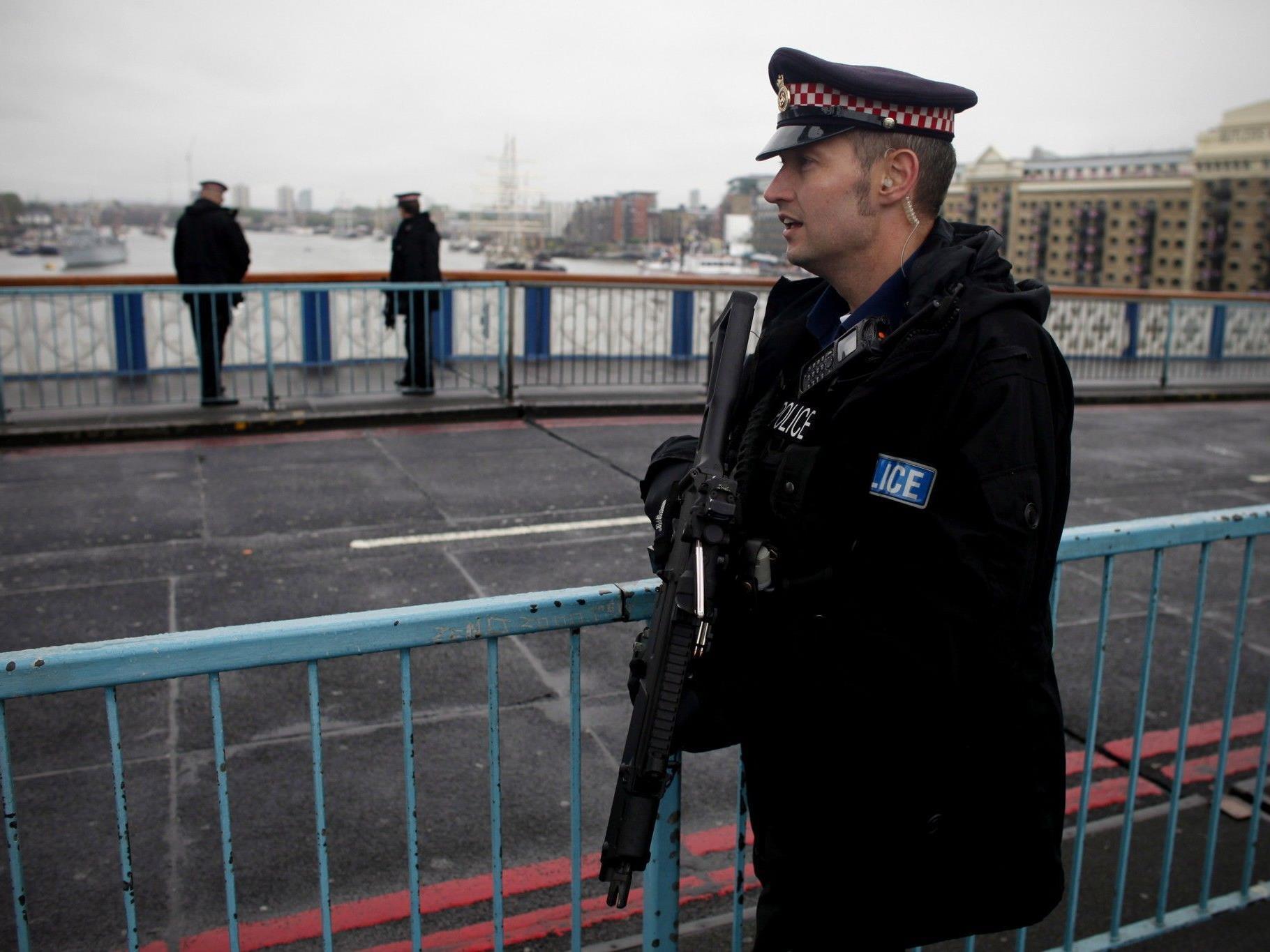 Drei Wochen vor Beginn der Olympischen Spiele wurden in London Terrorverdächtige festgenommen.