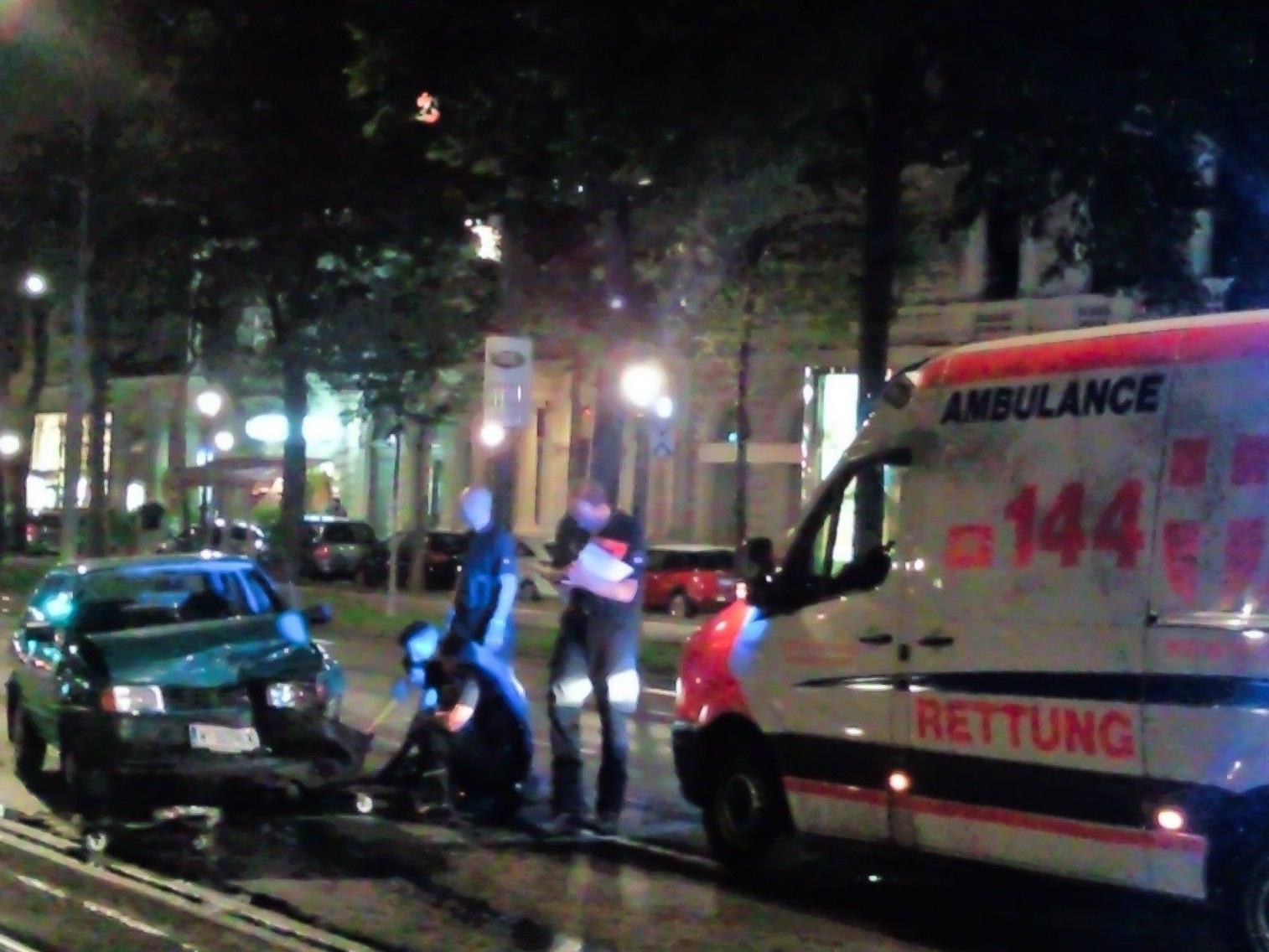 Auch dem Wiener Universitätsring ereignete sich am Sonntag ein Verkehrsunfall.