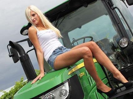 Am Dienstag wurden fünf Bauern und Bäuerinnen in Wien für den Jungbauernkalender 2013 abgelichtet.