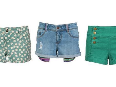 Knallig bunt oder in auffalenden Prints: forever 21 hat die Shorts-Trends.