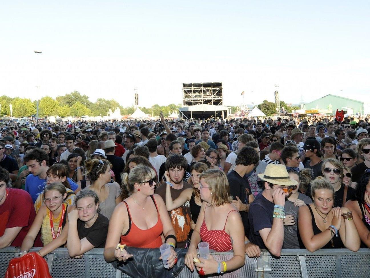 Mitspielen und zwei Festivalpässe für das Frequency inkl. Zipfer-Biergutscheinen gewinnen!
