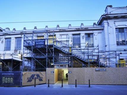 Die Außenfassade der U6-Station Josefstädter Straße wird renoviert.