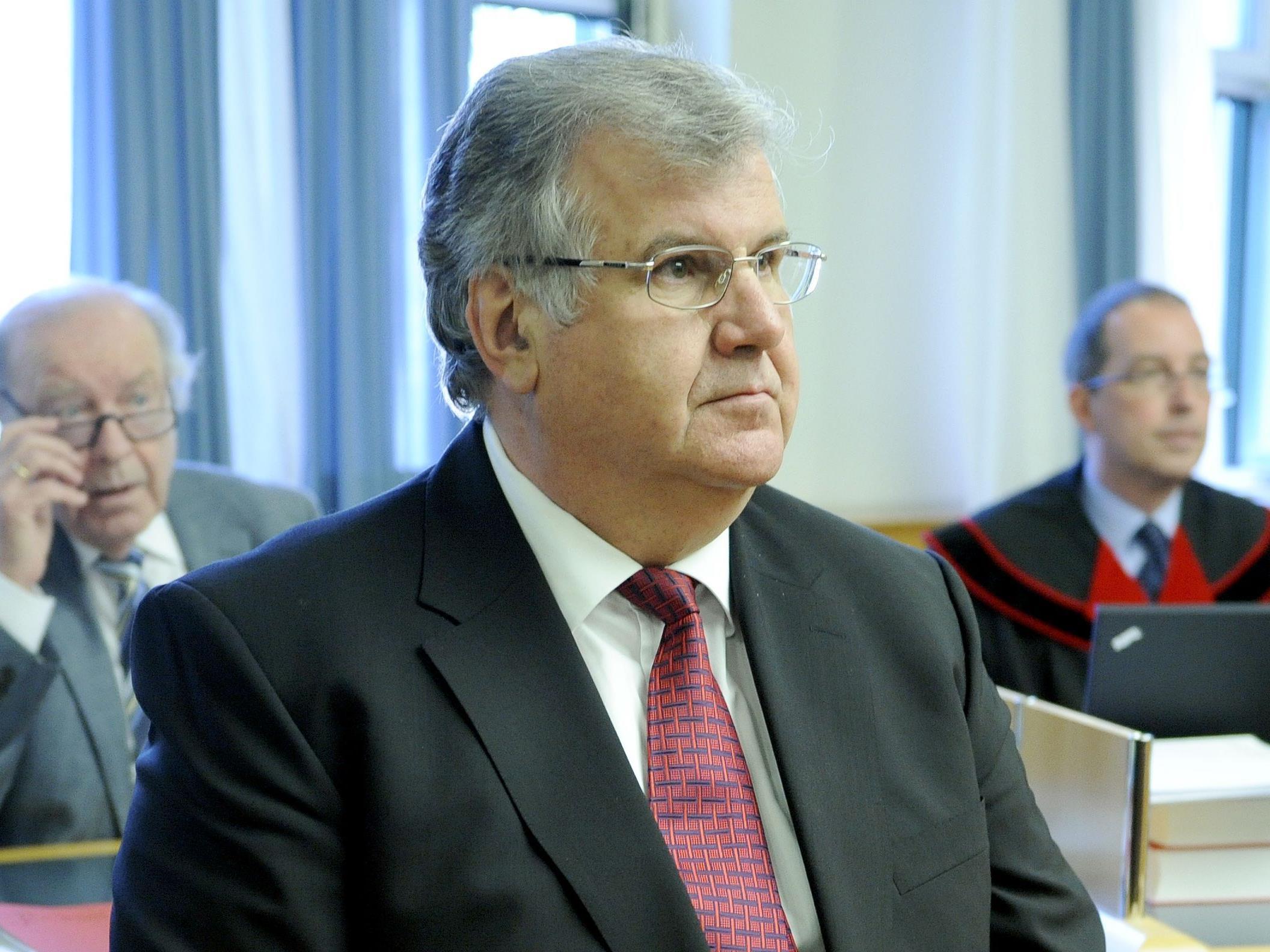 Heinz Jungwirth soll mehr als 2 Mio. Euro für private Zwecke verwendet haben.