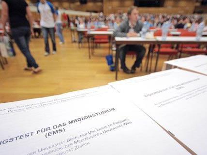 Am Freitag finden in Wien die Aufnahmetests für Medizinstudenten statt.