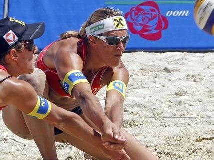 Über Rang 17 sind die Schwaiger-Schwestern am Donnerstag beim Volleyball Grand Slam nicht hinaus gekommen.