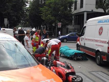 Bei dem unfall am Donnerstag wurde ein Modpedfahrer schwer verletzt.