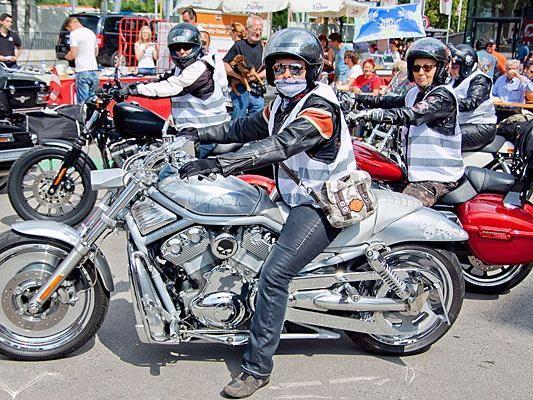 Großer Andrang beim Start der Harley Davidson Charity Tour am Freitag in Wien