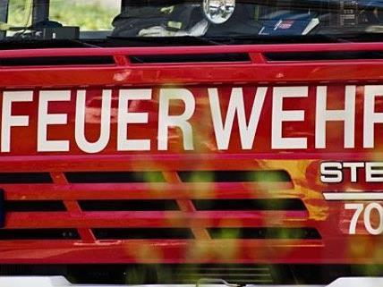 Am Dienstag wurden bei einem Arbeitsunfall zwei Männer verletzt.