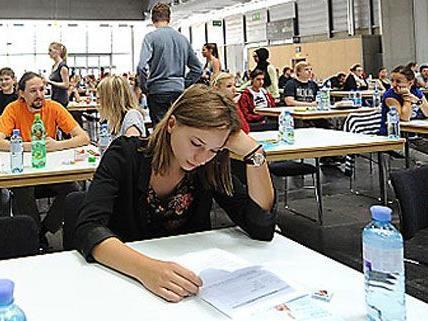 Medizin-Studium: Frauen zeigten sich heuer beim EMS-Test besser.