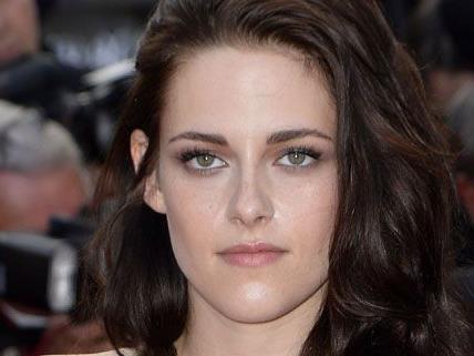 Kristen Stewart hatte eine Affäre und betrog Robert Pattinson mehrfach