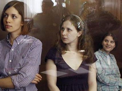 Am 17. August wird das Urteil gegen die drei Damen von Pussy Riot verkündet.
