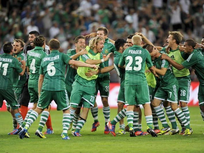 Der SK Rapid Wien siegt mit 3:0 und feiert den Einzug in die Europa League Gruppenphase.