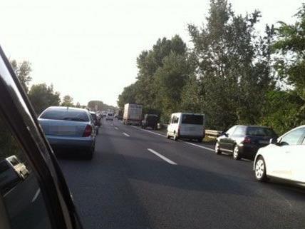 Nach dem Unfall auf der A4 am Mittwoch funktionierte die Bildung der Rettungsgasse vorbildhaft.