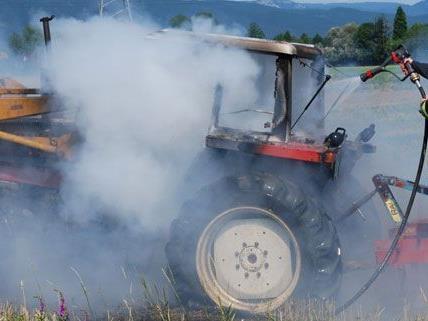Am Mittwoch brannte ein Traktor in Loipersbach.