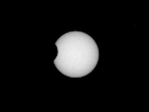 Spektakuläre Aufnahmen sechs Wochen nach Landung auf Rotem Planeten.