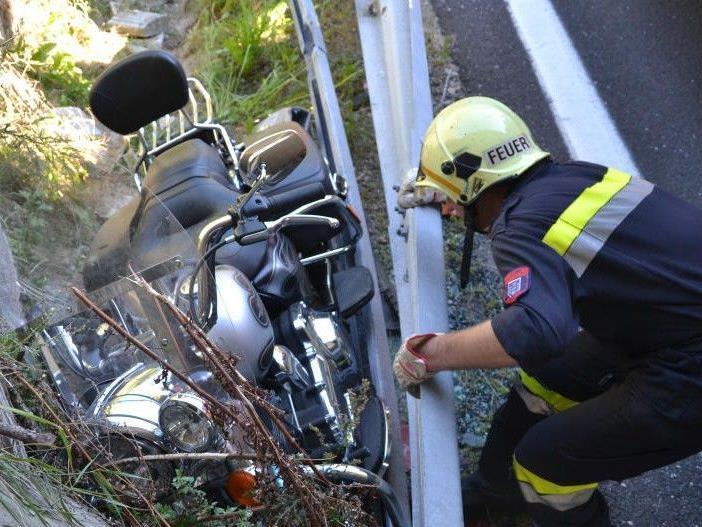 Auf der A2 ereignete sich ein Unfall mit einer Harley Davidson.