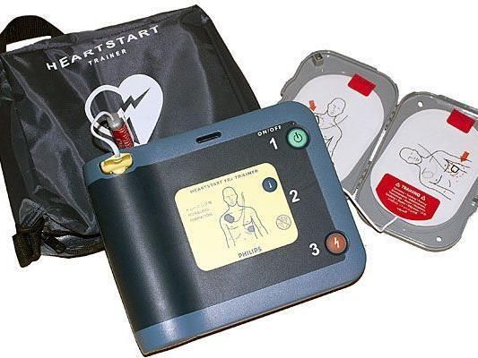 Defibrillatoren können bei Herzstillstand einen Herztod verhindern und sind jetzt auch in City Lights verfügbar