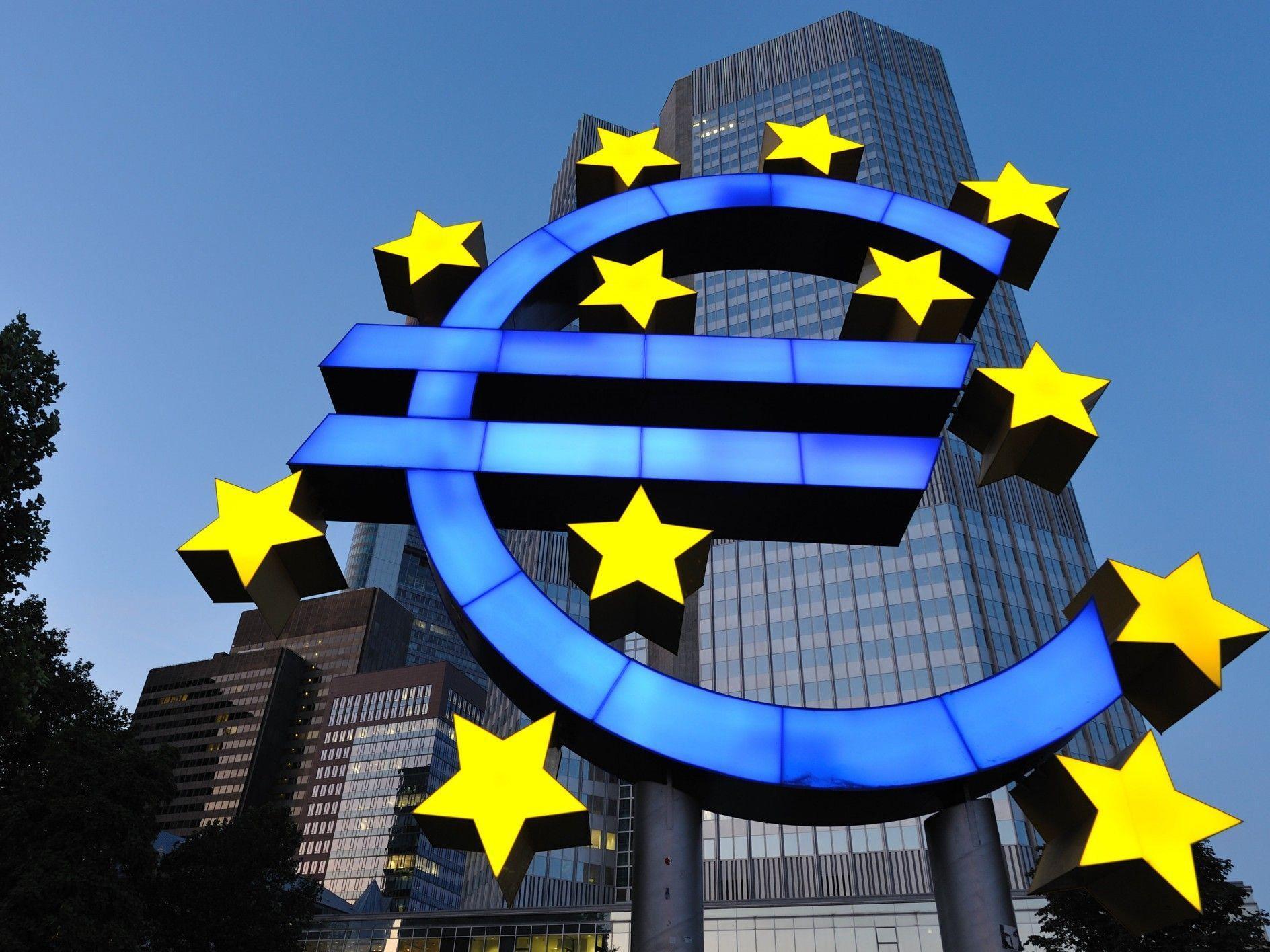 Deutsches Bundesverfassungsgericht prüft ESM und Fiskalpakt.