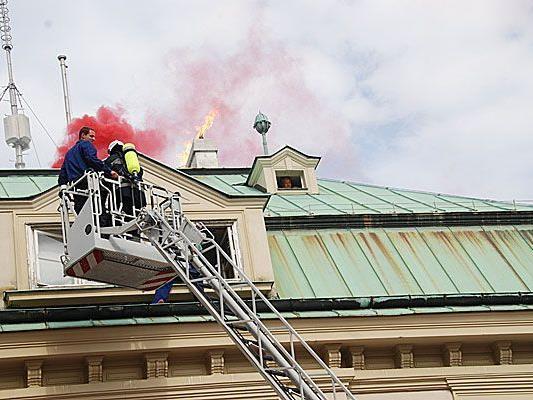 Beim Wiener Feuerwehrfest wird beispielsweise Menschenrettung bei Bränden demonstriert