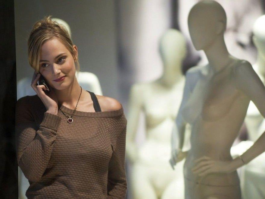 """Komparsen-Casting: Wer wird neben Nova Arnezeder in der Verfilmung von """"Angelique"""" vor der Kamera stehen?"""