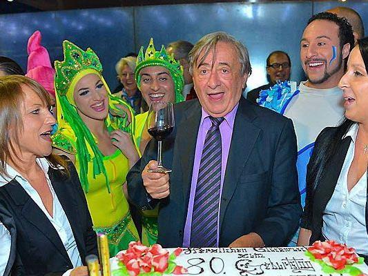 """Richard Lugner feierte seinen 80. Geburtstag bei der Premiere des des """"Circo Acquatico"""" in Wien"""