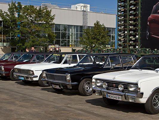 Zum doppelten runden Opel-Jubiläum war in Wien so mancher Oldtimer zu bestaunen