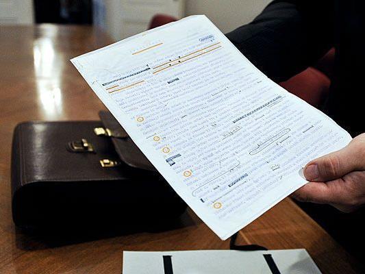 """Präsentation des Originaldokuments der """"Charta 77"""" am Donnerstag im Landesgericht Wien"""