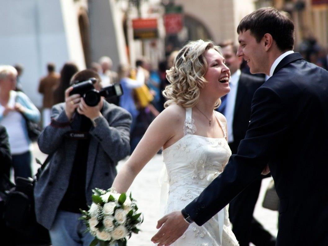 Am 12.12.2012 gibt es noch verfügbare Hochzeittermine.