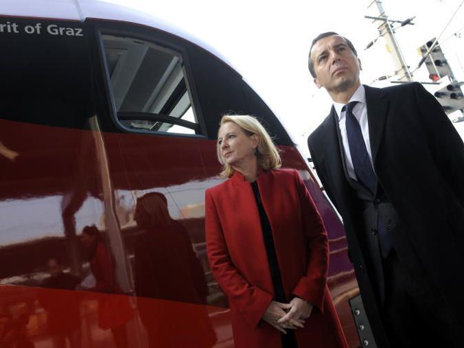 Verkehrsministerin Bures und ÖBB-Vorstandsvorsitzender Christian Kern