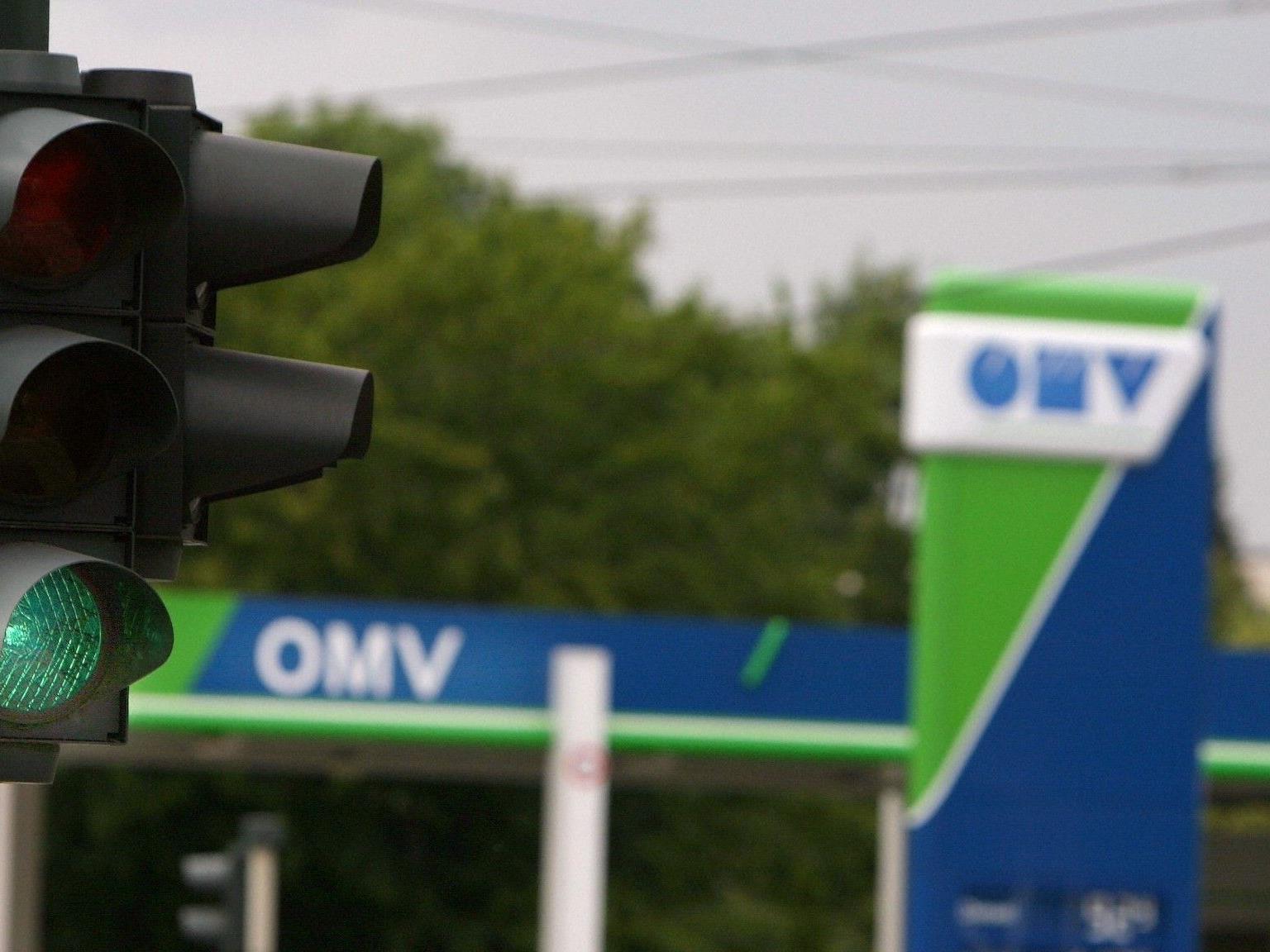In der Nacht auf Freitag wurde die OMV-Tankstelle in Klosterneuburg überfallen.